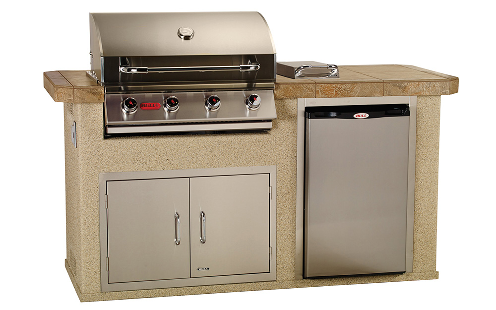 Prestige Pools and Spas St. Louis Outdoor Kitchens BB100